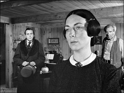 Inolvidable Agnes Moorehead como la madre del ciudadano kane