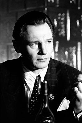 Liam Neeson es Oskar Schindler