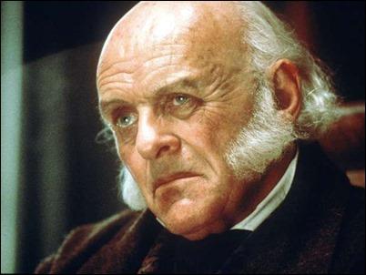 Anthony Hopkins como el ex presidente John Quincy Adams, en Amistad, de Spielberg