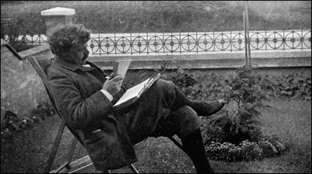 Ciertamente, Chesterton era tan voluminoso como Domingo