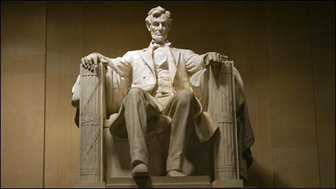 La famosa estatua del Lincoln Memorial, en Washington
