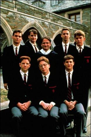 El profesor Keating y los chicos del club de los poetas muertos