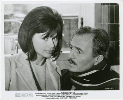 Harriet Andersson y James Mason, en Llamada para el muerto