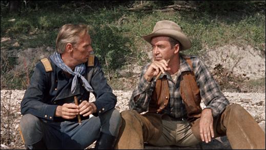 La mitica secuencia de la conversacion entre Widmark y Stewart junto al rio